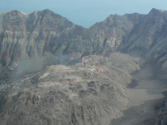 st-helens-caldera1
